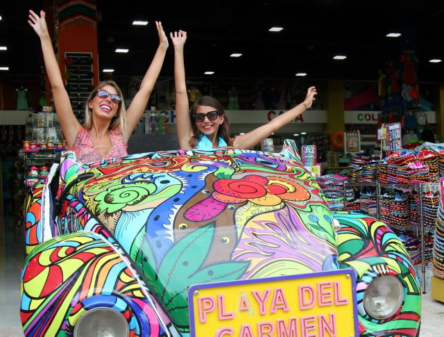 livelifestyleinplayadelcarmen,shoppingmallinplayadelcarmen,rivieramayasuites,riveiramayarentals