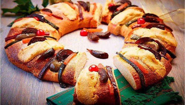 Tradicional Rosca de Reyes / Traditional Rosca de Reyes.